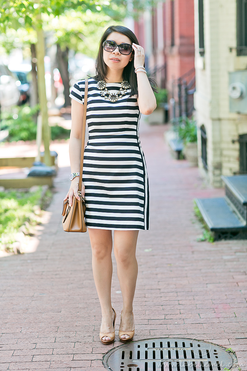LaBelleMel_Workwear_Wednesday_Black_White_Mixed_Stripes_Dress_Cognac_Details_1