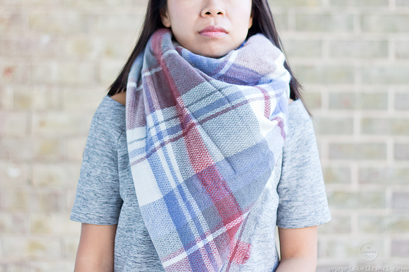 LaBelleMel_12_Ways_to_Wear_Tie_Blanket_Scarf_3