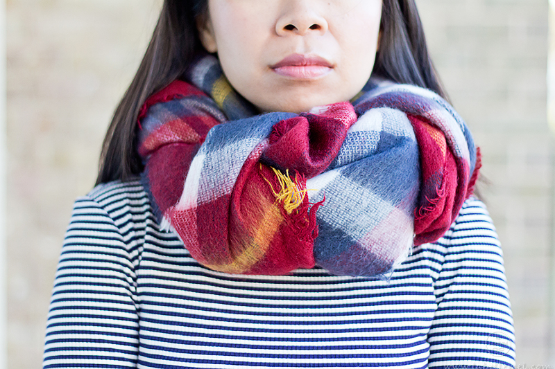 LaBelleMel_12_Ways_to_Wear_Tie_Blanket_Scarf_6