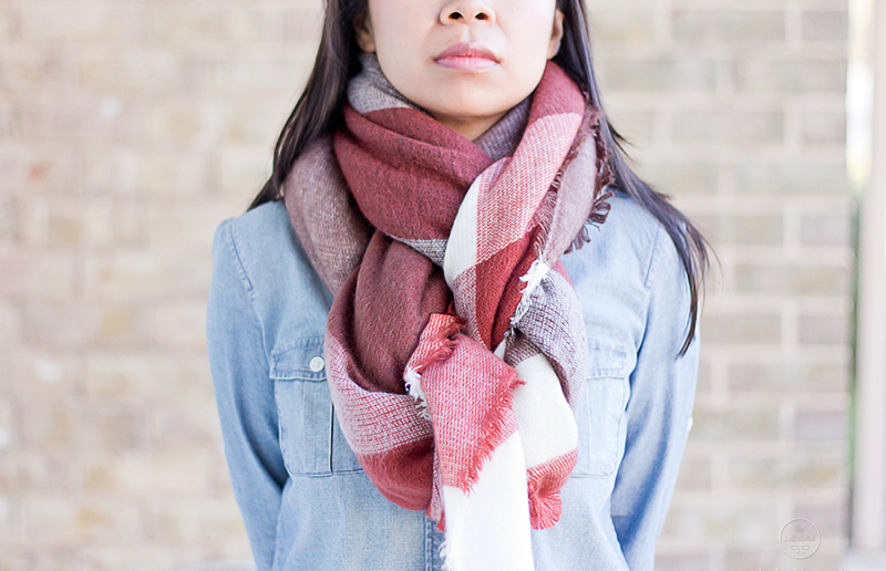 LaBelleMel_12_Ways_to_Wear_Tie_Blanket_Scarf_8