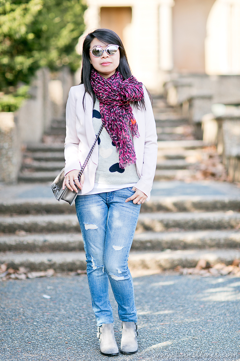 Casual Vday Sunday_Heart_Print_Sweater_Leopard_Scarf_1