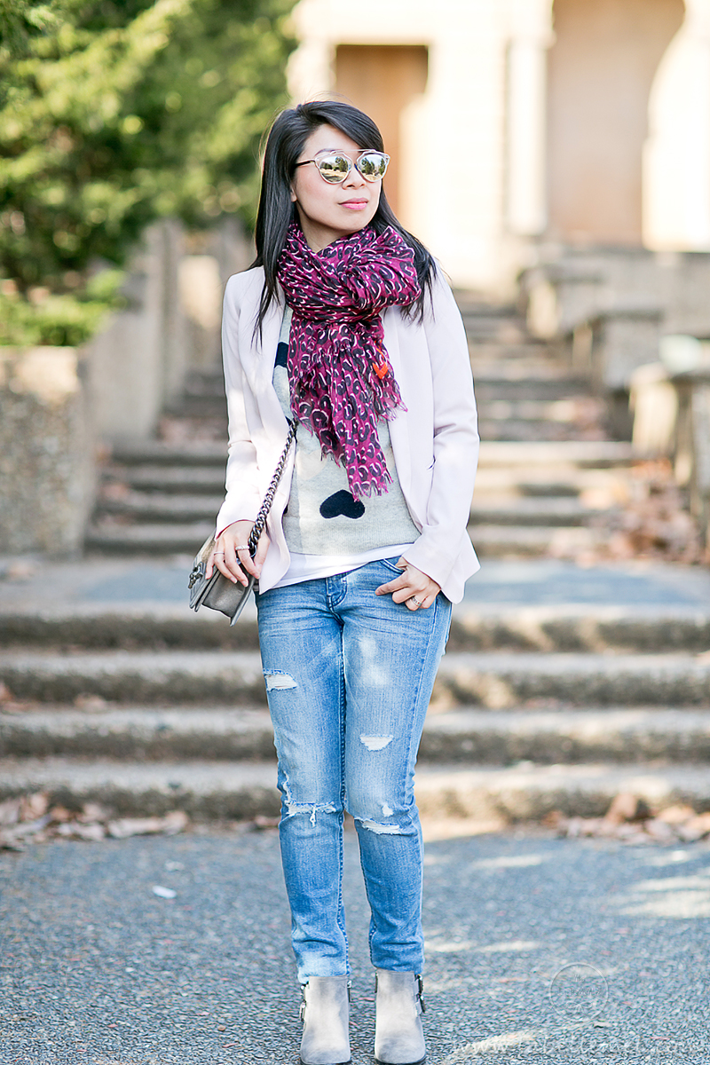 Casual Vday Sunday_Heart_Print_Sweater_Leopard_Scarf_2